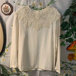 Vintage white floral lace statement collar blouse
